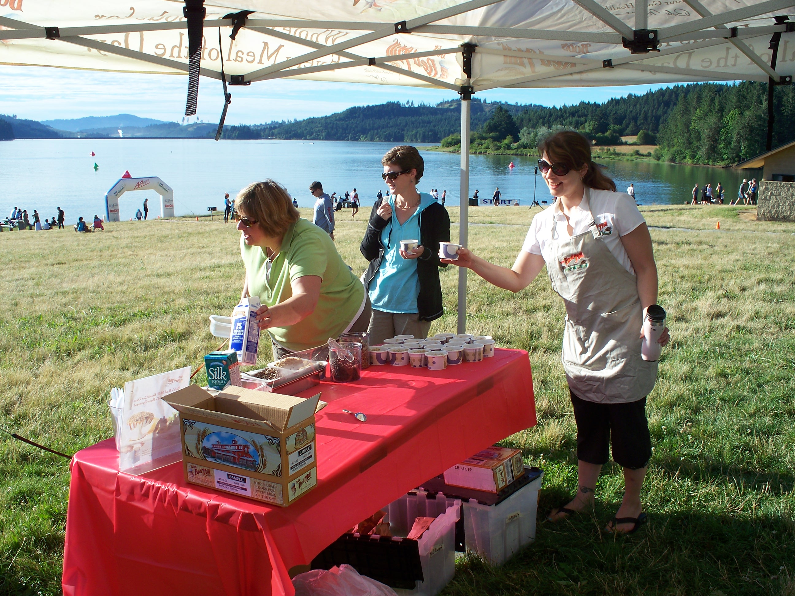Both athletes and spectators enjoyed our oatmeal toppings bar.