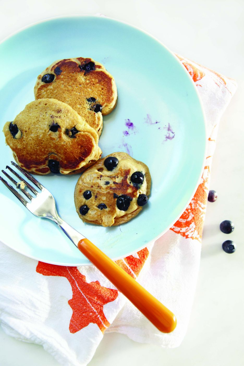 Weelicious: Blueberry-Lemon Whole Wheat Pancakes {Giveaway} | Bob's ...