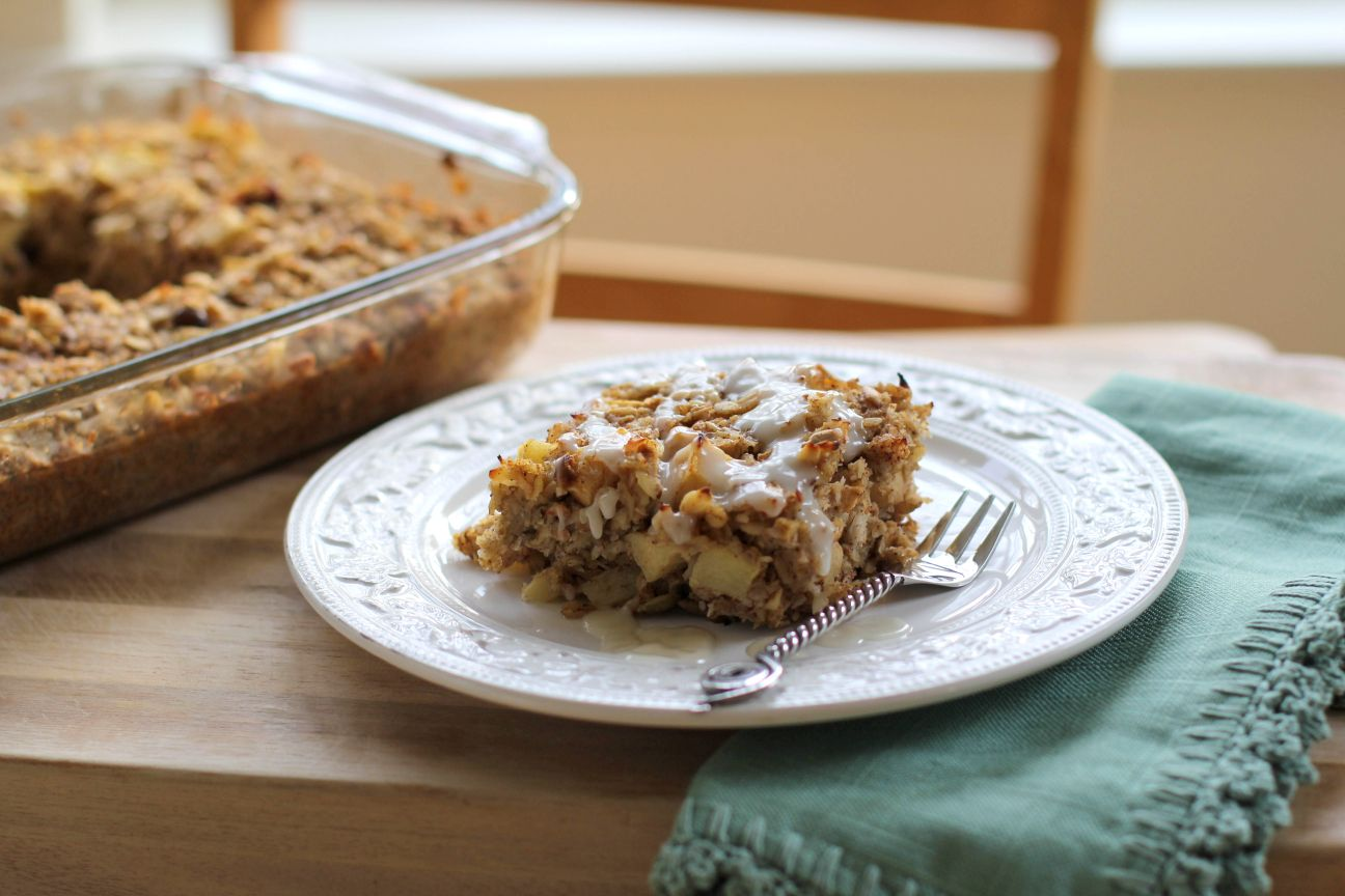 Apple Cinnamon Muesli Breakfast Bake:: Julia Mueller, The Roasted Root