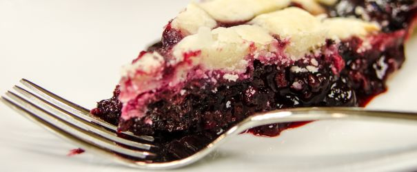Honey Blackberry Pie
