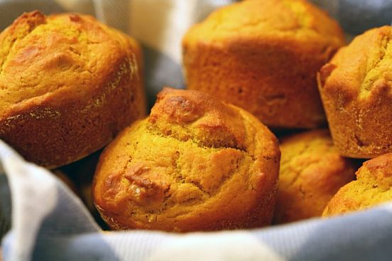 Quinoa Pumpkin Muffins | Bob's Red Mill
