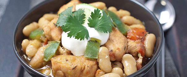 White Bean Chicken Chili | Bob's Red Mill