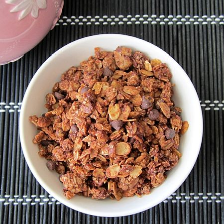 Natural New-Tella Granola | Bob's Red Mill