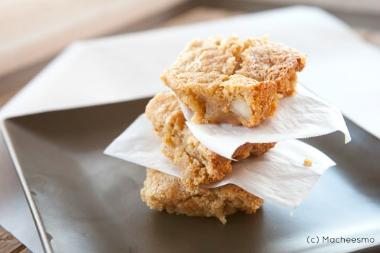 Almond Blondie