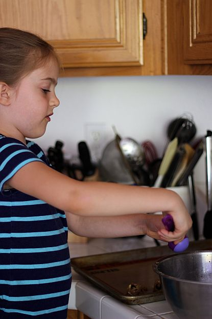 Three Tips for Baking with Children | Bob's Red Mill