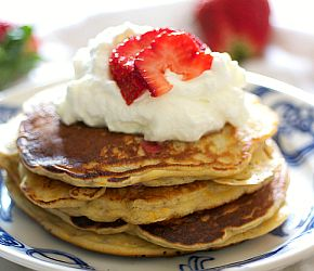 Strawberry Chia Seed & Greek Yogurt Pancakes | Bob's Red Mill