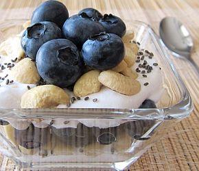 Blue-Cashew Fresh Trail Mix Yogurt Parfait 2nd