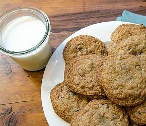 GF Chocolate Chip Cookies 2
