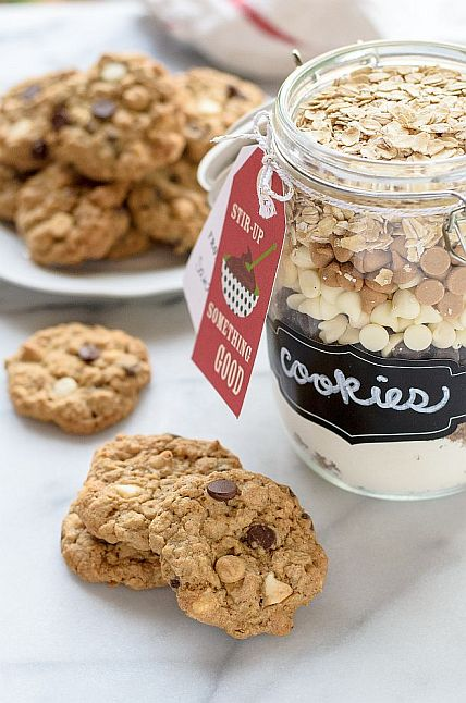 Triple Chip Oatmeal Cookie Mix in  Jar | Bob's Red Mill