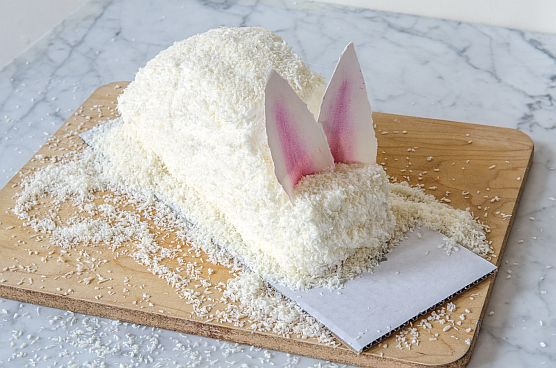 Coconut Easter Bunny Cake: Step By Step | Bob's Red Mill
