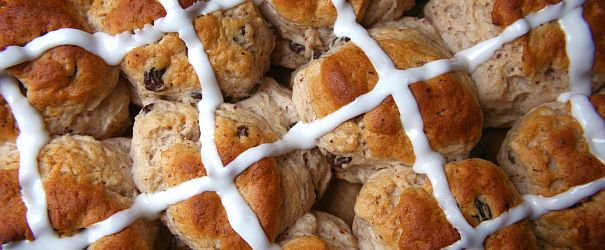 Hot Cross Buns (Gluten Free) | Bob's Red Mill
