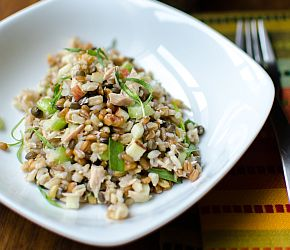 Tarragon Tuna Salad- a zippy, whole grain salad perfect for hot summer nights. // Bob's Red Mill