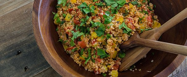 Spicy Pilavi is a Turkish dish using whole grain bulgur, tomatoes, bell peppers and onions. Easy and quick to prepare. | Bob's Red Mill