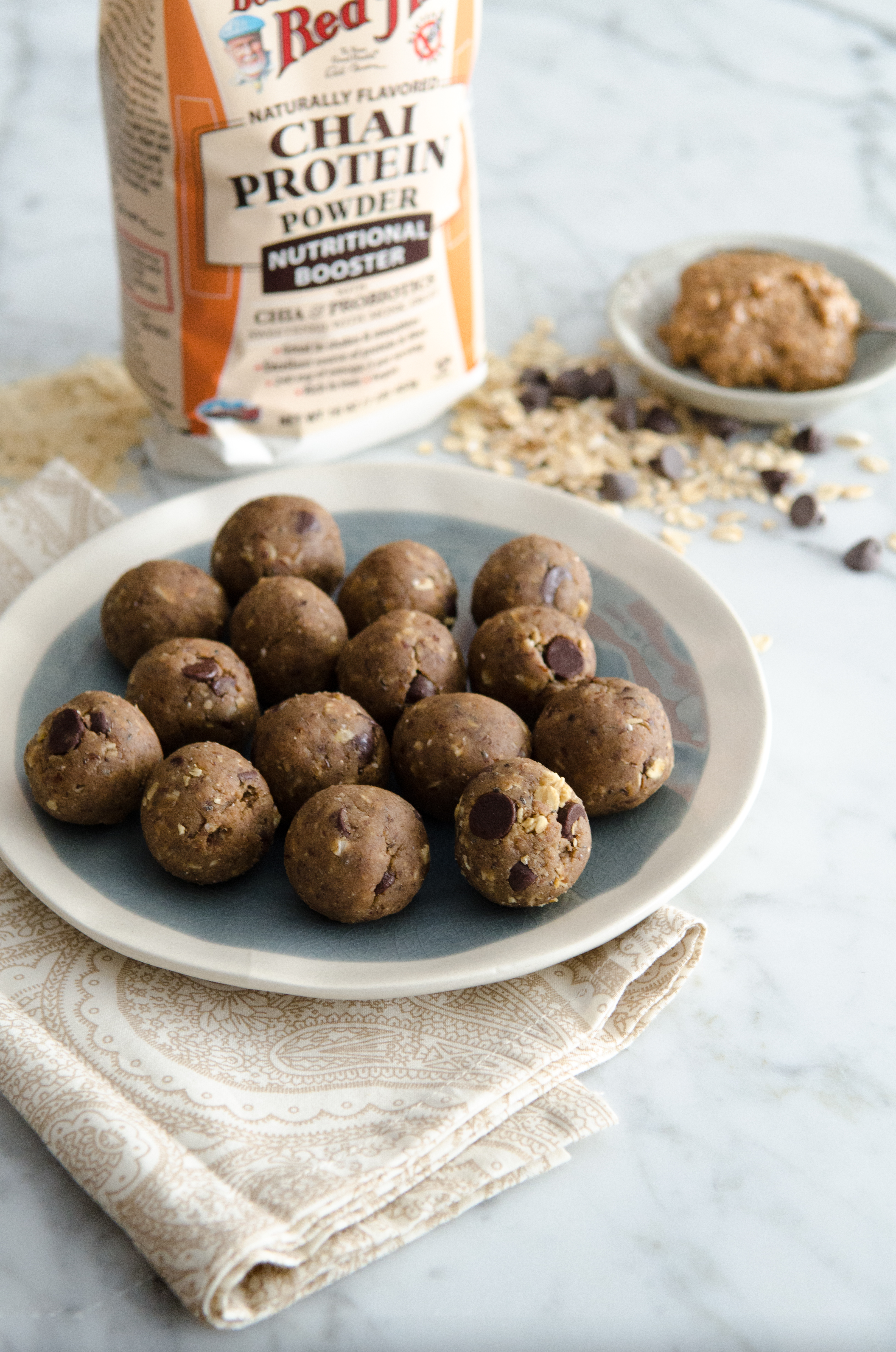 Almond Chai Protein Truffles: Pop one of these protein rich treats before a workout for a nice fuel boost. Gluten Free, Vegan, Dairy Free // @bobsredmill