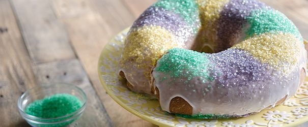 Happy Mardi Gras! King Cakes are made all over the world and this recipe is a New Orleans-style king cake. // @bobsredmill
