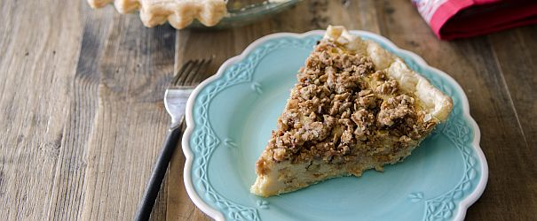 Celebrate Pi Day with this Yogurt Pie with Muesli Crumble // @BobsRedMill