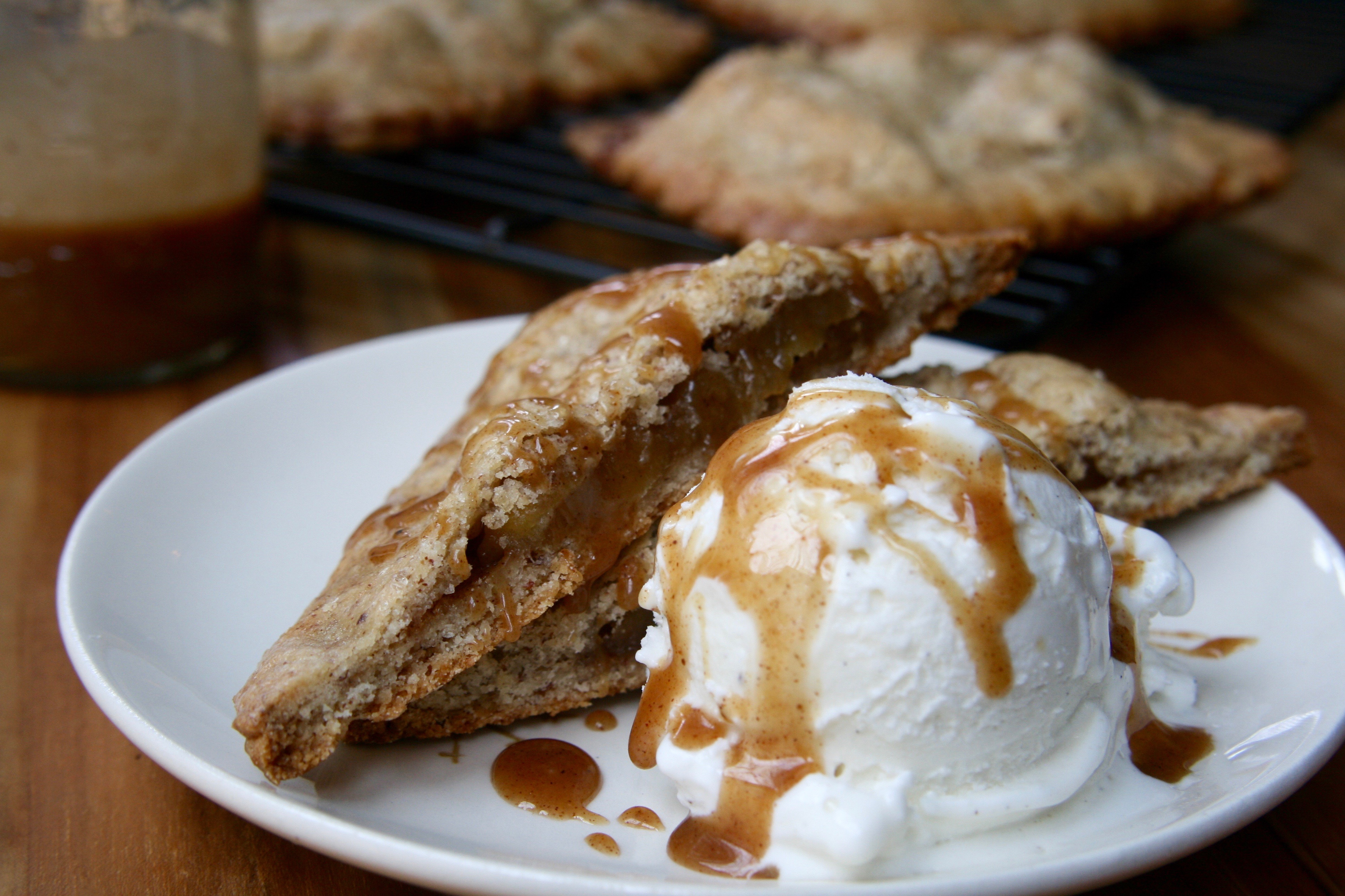 Caramel Apple Pie3