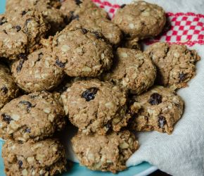 National Oatmeal Cookie Day // Bob's Red Mill