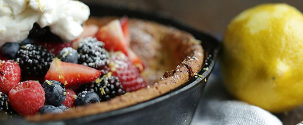 Gluten Free Dutch Baby with Fresh Berries- No one would ever know this Dutch Baby was gluten-free, I mean no one. // @bobsredmill @chefbillyparisi