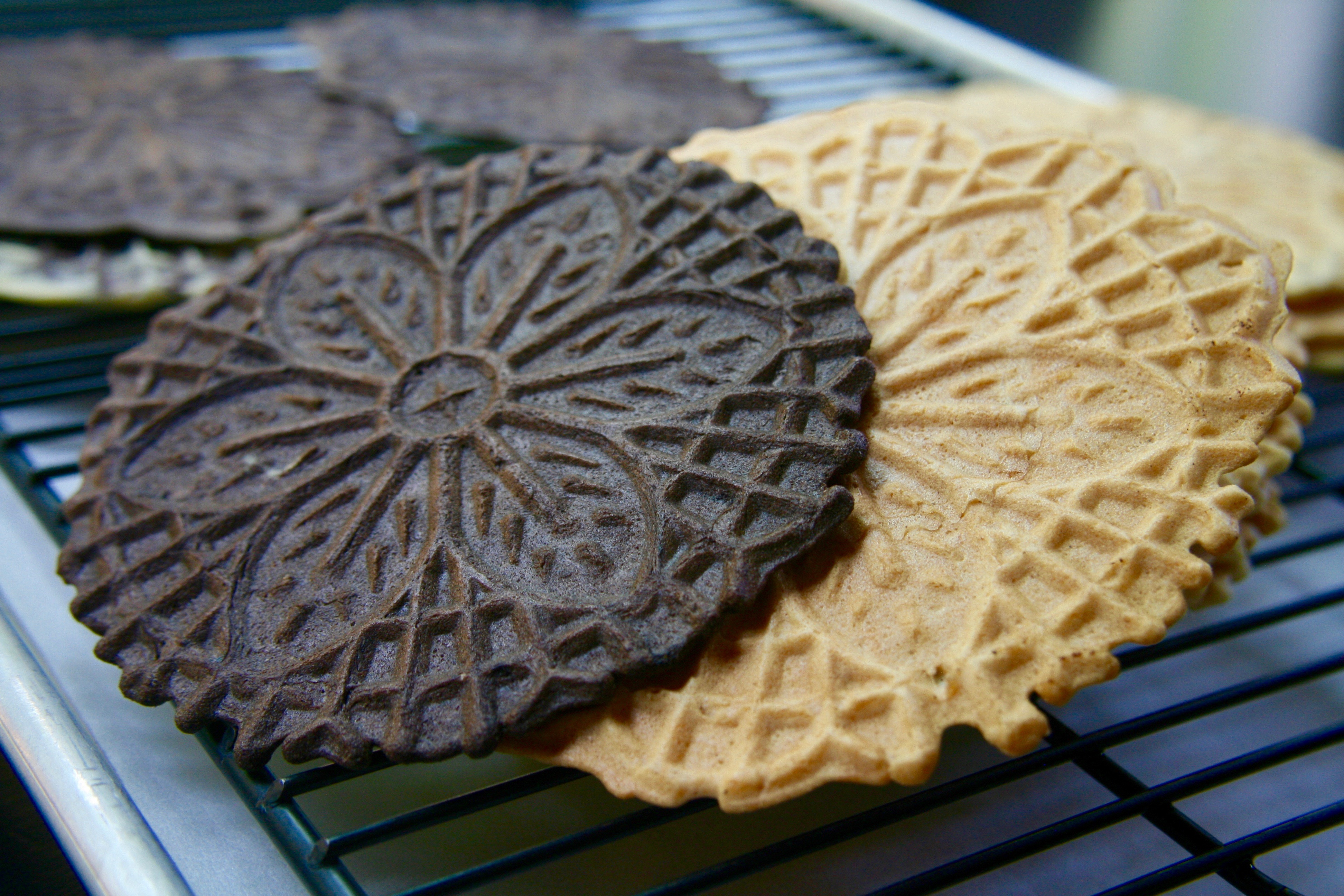 Gluten Free Pizzelles- turn these beauties into ice cream sandwiches! // @bobsredmill.com