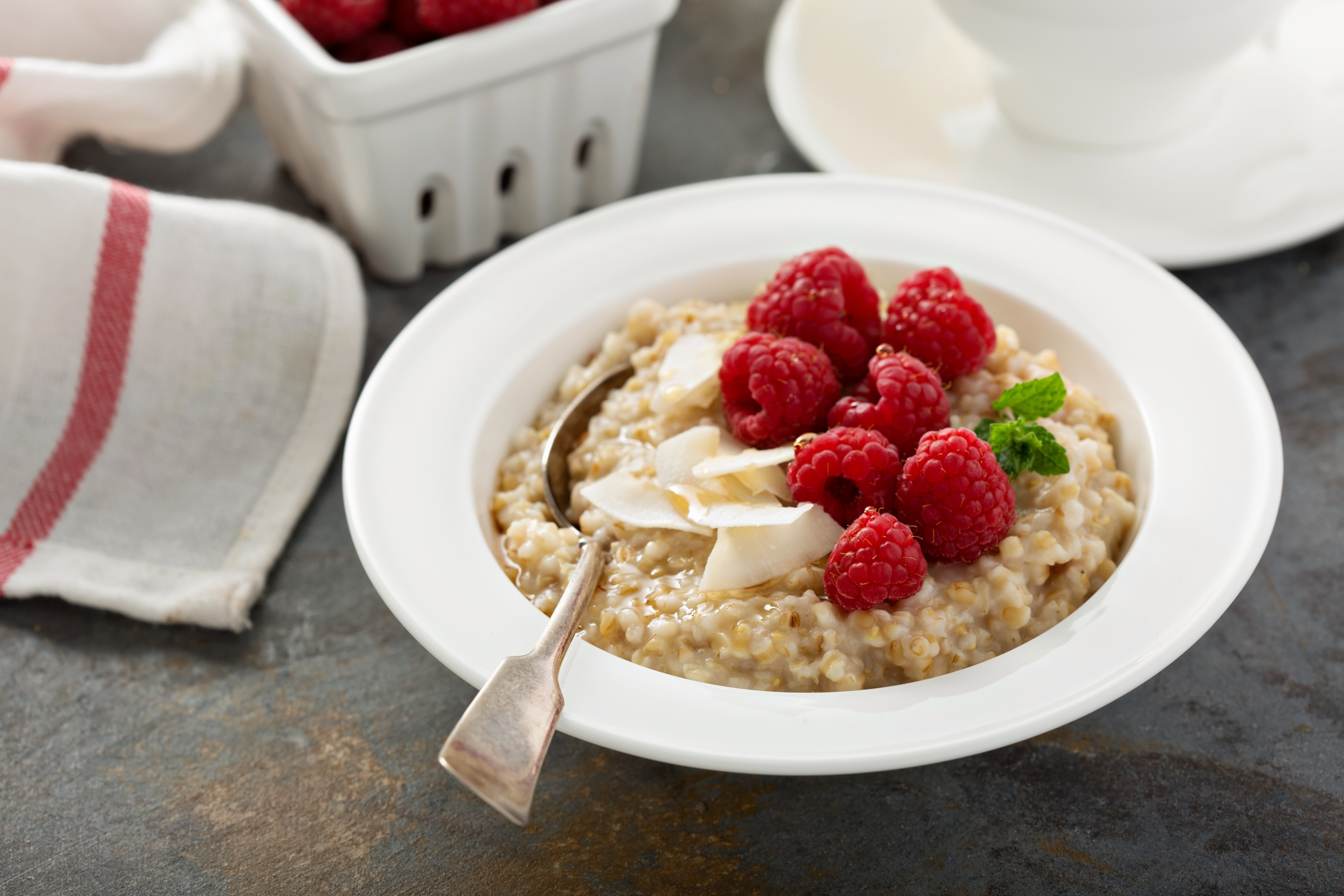 What Are the Benefits of Steel Cut Oats? - Bob's Red Mill Blog